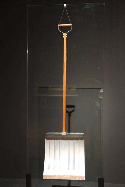 Marcel Duchamp, In advance of the broken arm, 1915. Galleria Nazionale d'Arte Moderna e Contemporanea, Rome.