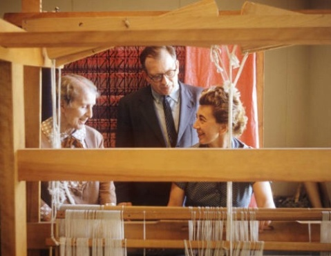 Marianne Strengell with Loja and Eero Saarinen, 1958. Courtesy of Cranbrook Archives