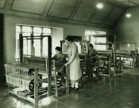 Studio Loja Saarinen, Loja (seated), 1930, Courtesy of Cranbrook Archives